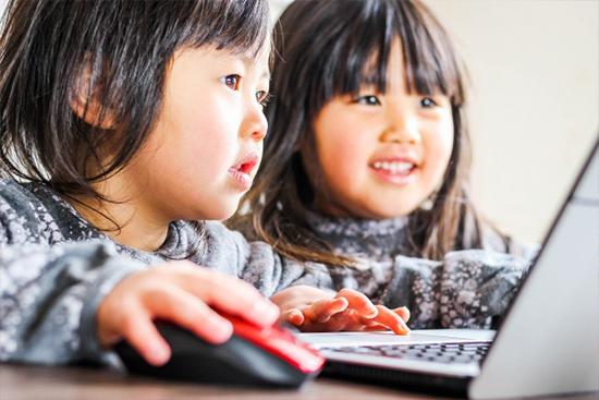 子供の頃からプログラミング教室に通う効果について