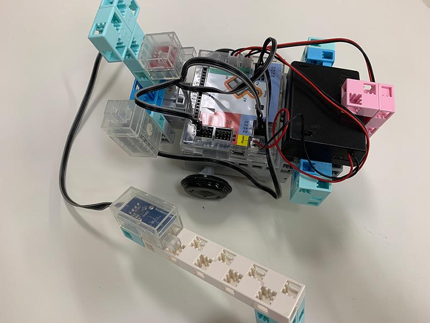 ロボット製作でプログラミングが学べる「アーテックエジソンアカデミー」